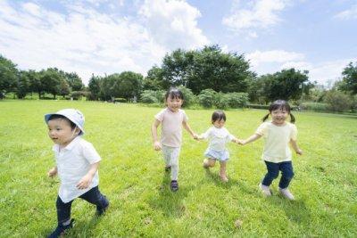 2022年10月から一部の家庭で児童手当が廃止?子育て世帯がチェックするべきこと